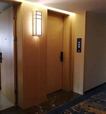 定南酒店工程门安装
